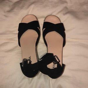 Flat wedge sandels